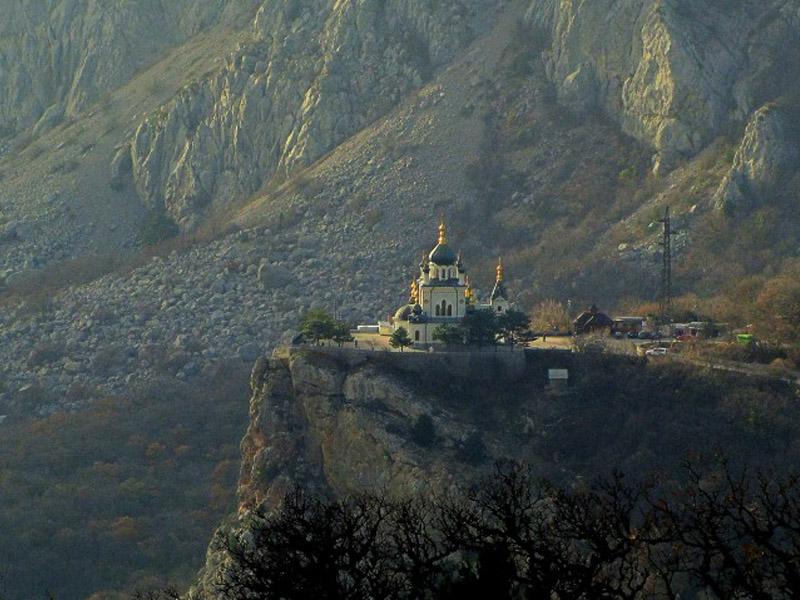 Экскурсии по святым местам Крыма – Форосская церковь