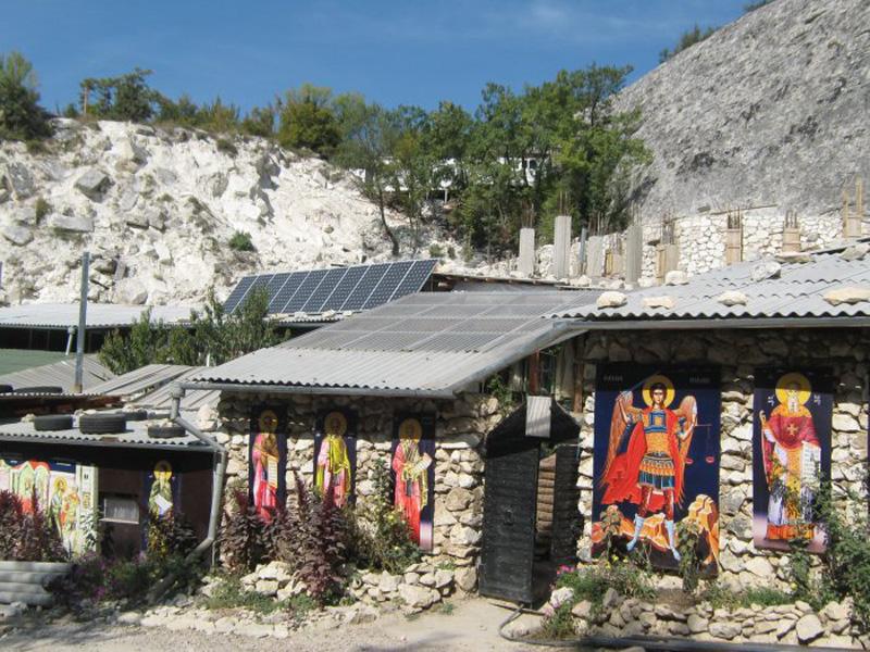 Православные поездки по Крыму – Бисерный храм